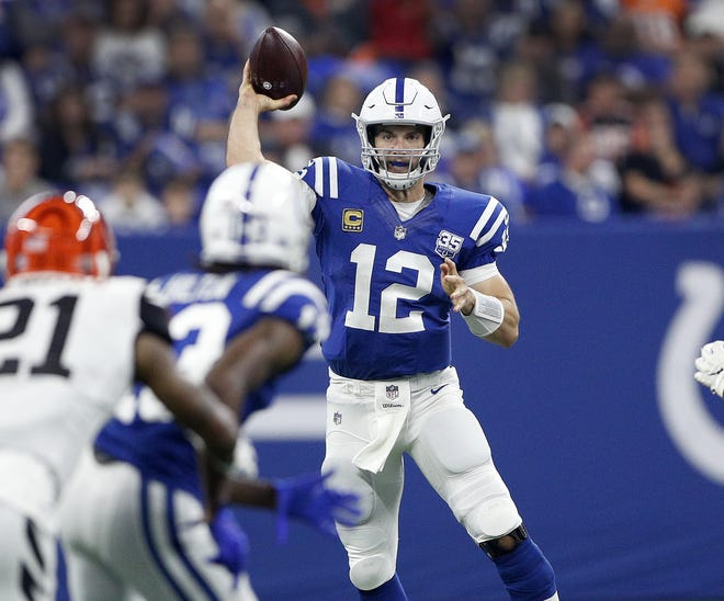 Indianapolis Colts quarterback Andrew Luck (12) passes the ball to T.Y. Hilton (13) in the first half of their game against the Cincinnati Bengals at Lucas Oil Stadium on Sept. 9, 2018.