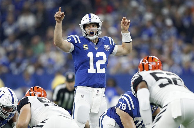 Indianapolis Colts quarterback Andrew Luck (12) makes a call at the line of scrimmage in the first half of their game against the Cincinnati Bengals at Lucas Oil Stadium on Sept. 9, 2018.