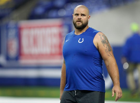 Indianapolis Colts offensive guard Matt Slauson (68) before the start of their game against the Cincinnati Bengals at Lucas Oil Stadium on Sept. 9, 2018.
