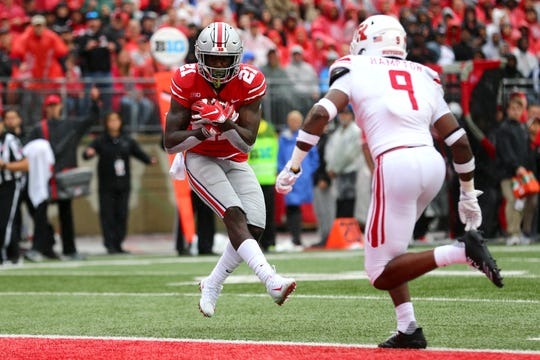 Ohio State H-back Parris Campbell catches a touchdown pass in Saturday's 52-3 win over Rutgers.