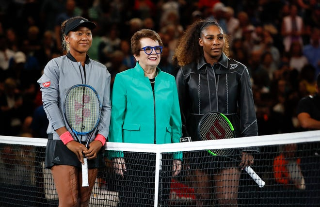 Naomi Osaka, left, of Japan, and Serena Williams, right, pose with Billie Jean King before the women's finals of the U.S. Open tennis tournament, Saturday, Sept. 8, 2018, in New York.