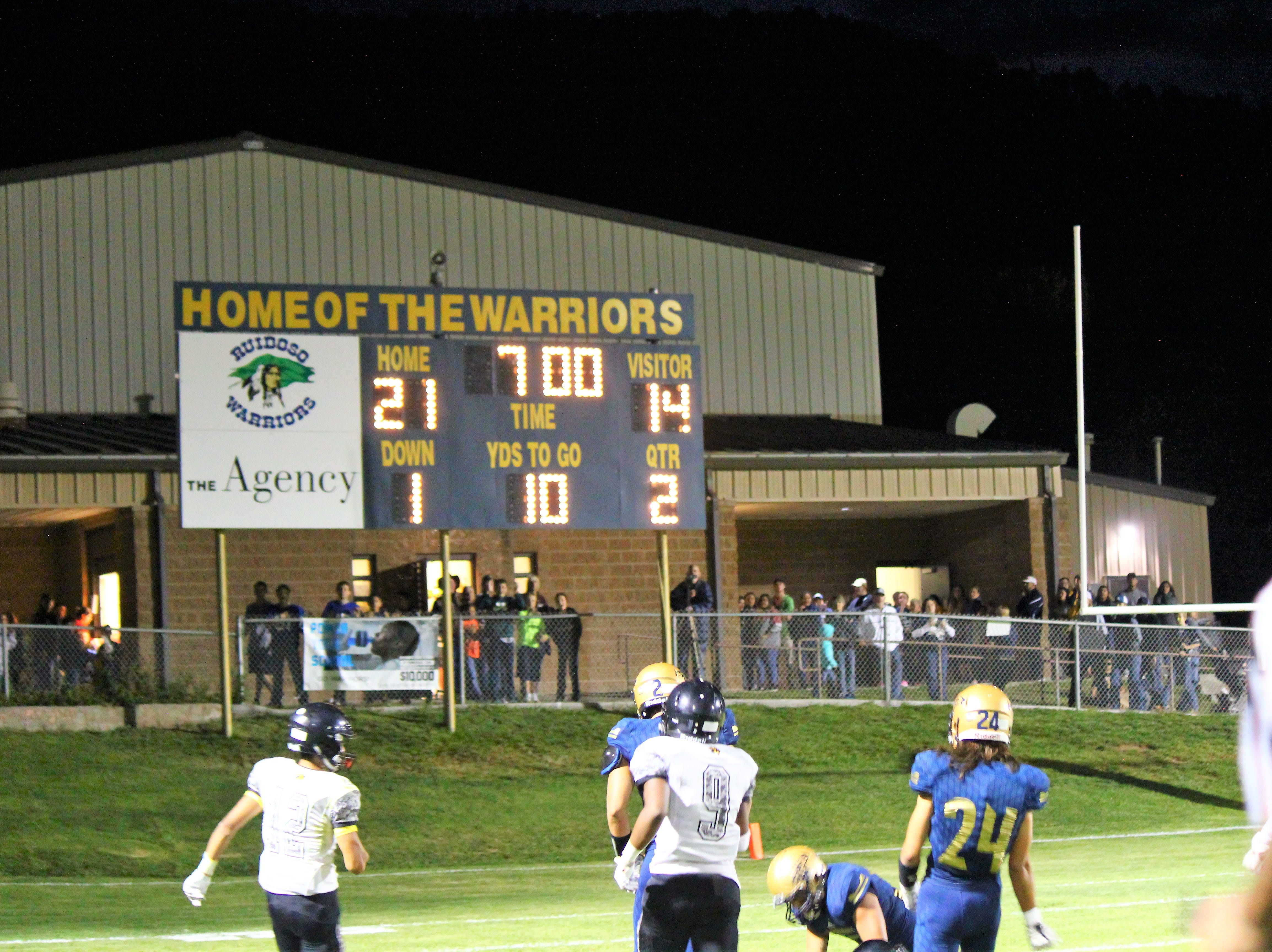 Ruidoso Warriors dominate the game in the second quarter.