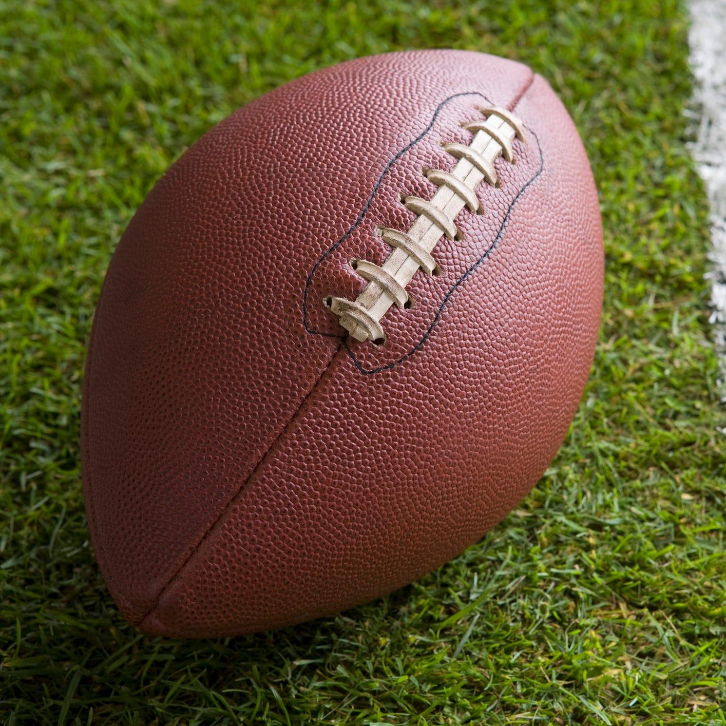 UW-Oshkosh offense struggles in football loss to Davenport University