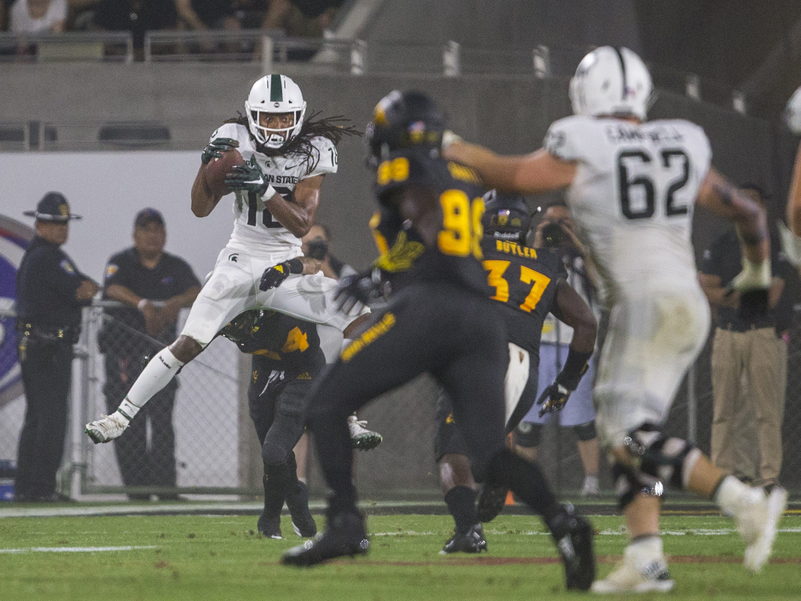 Michigan State's Felton Davis III makes a catch against Arizona State in the 3rd quarter on Saturday, Sept. 8, 2018, at Sun Devil Stadium in Tempe, Ariz.