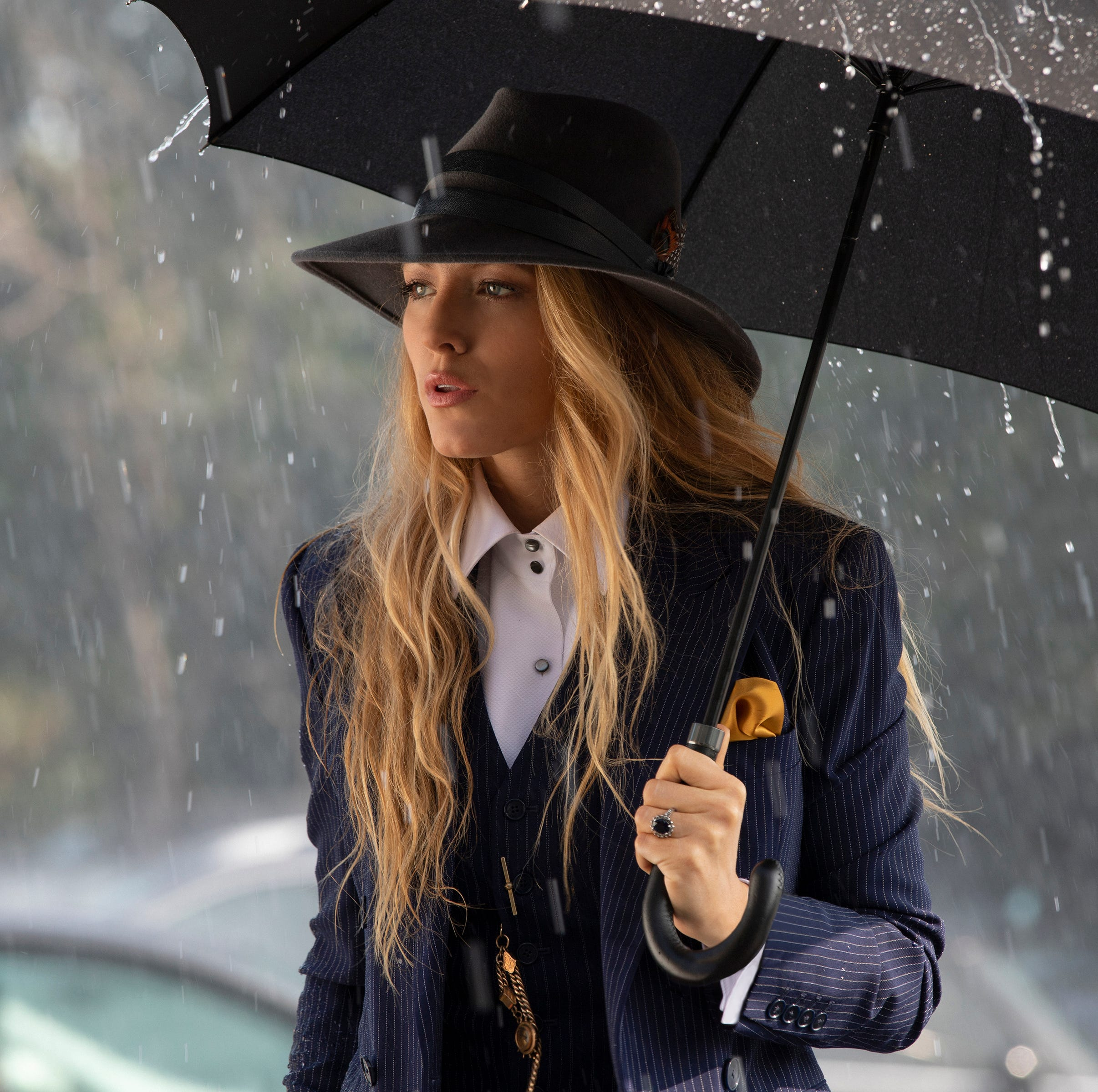 'A Simple Favor' review: Anna Kendrick, Blake Lively are engaging in comic mystery