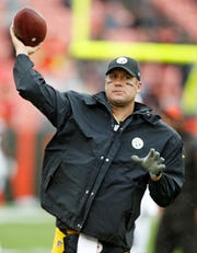Pittsburgh Steelers quarterback Ben Roethlisberger has the full support of Kevin Colbert, the team's general manager.