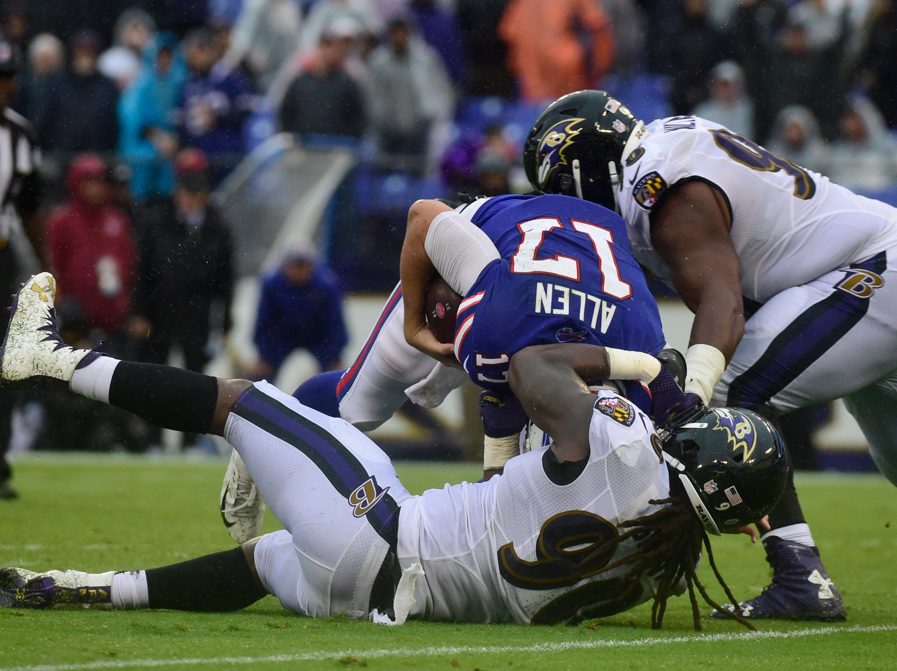 Baltimore Ravens linebacker Za'Darius Smith (90) sacks Buffalo Bills quarterback Josh Allen (17) during the third quarter at M&T Bank Stadium. Mandatory Credit: Tommy Gilligan-USA TODAY Sports