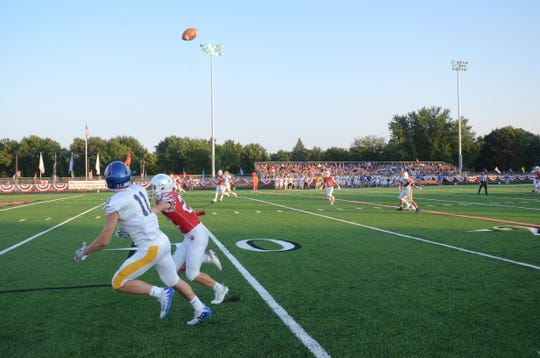 A Jackson Rohlfs reception down to the two-yard line set up Aberdeen Central's first touchdown against Brandon Valley on Saturday, Sept. 8