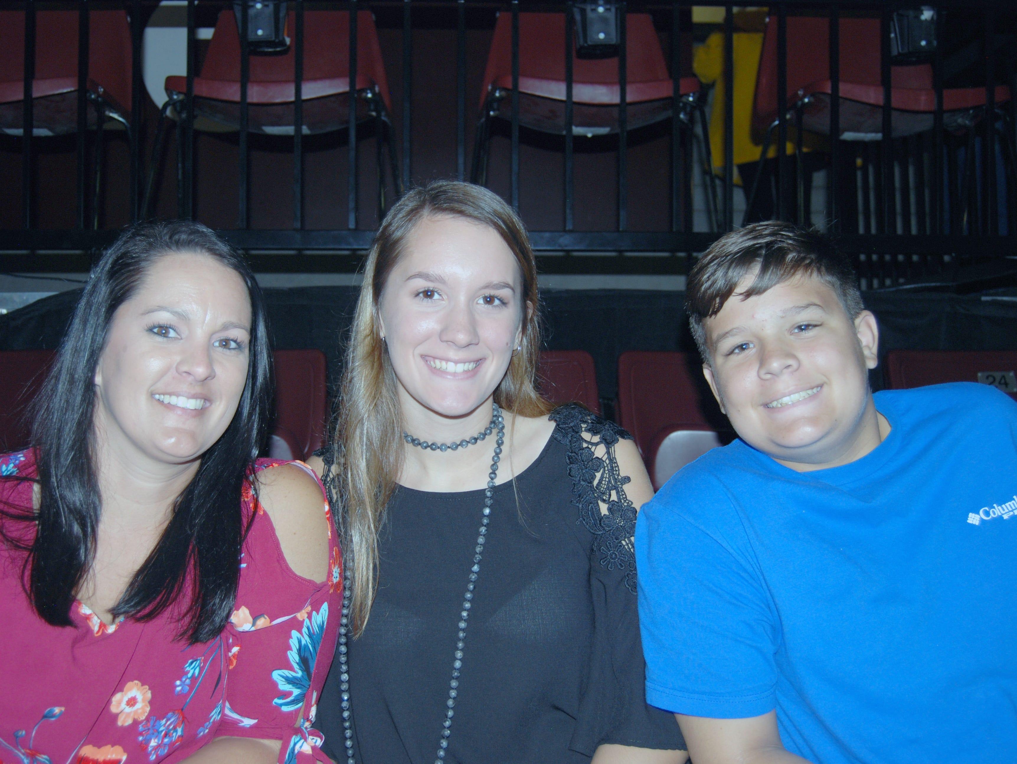 Candie, Haleigh and Brayden Halter