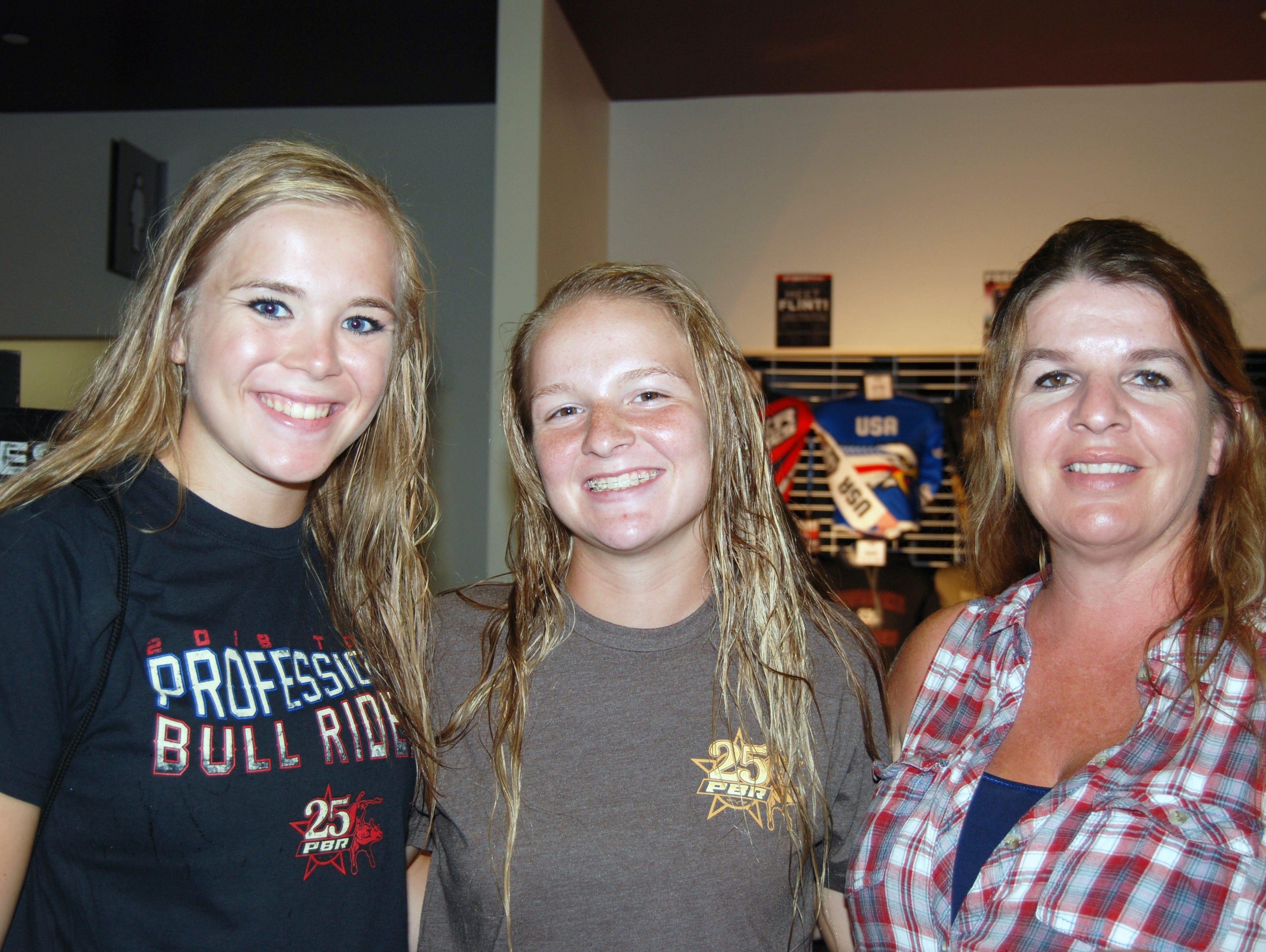 Danni, Liz and Patty Stewart
