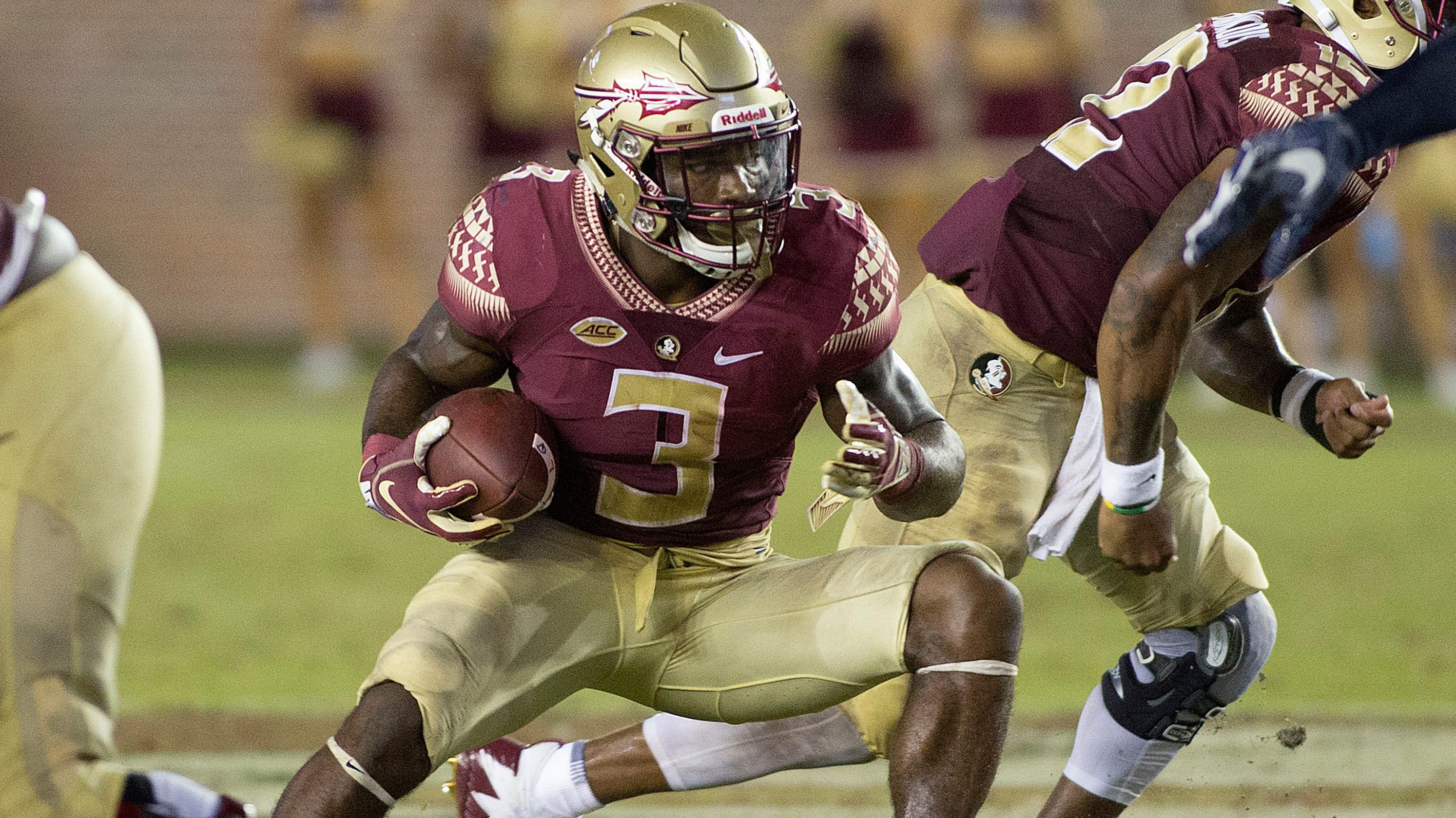 Florida State football  Watch RB Cam Akers score touchdown with spectacular  catch c719875c3