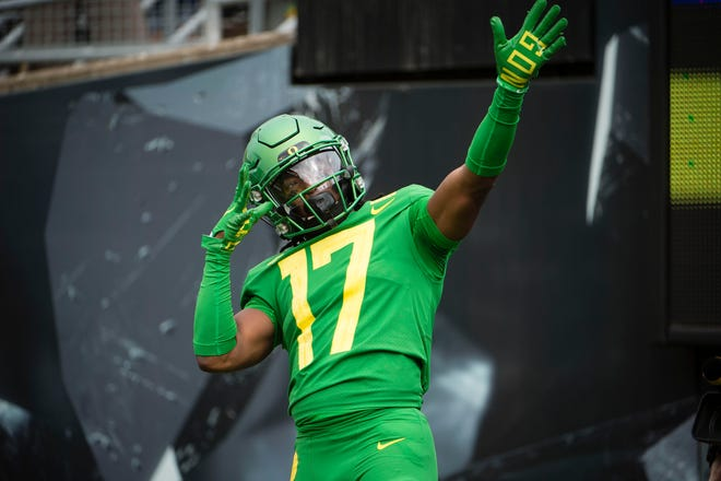 Oregon Ducks wide receiver Tabari Hines celebrates after catching a touchdown pass against the Portland State Vikings at Autzen Stadium.