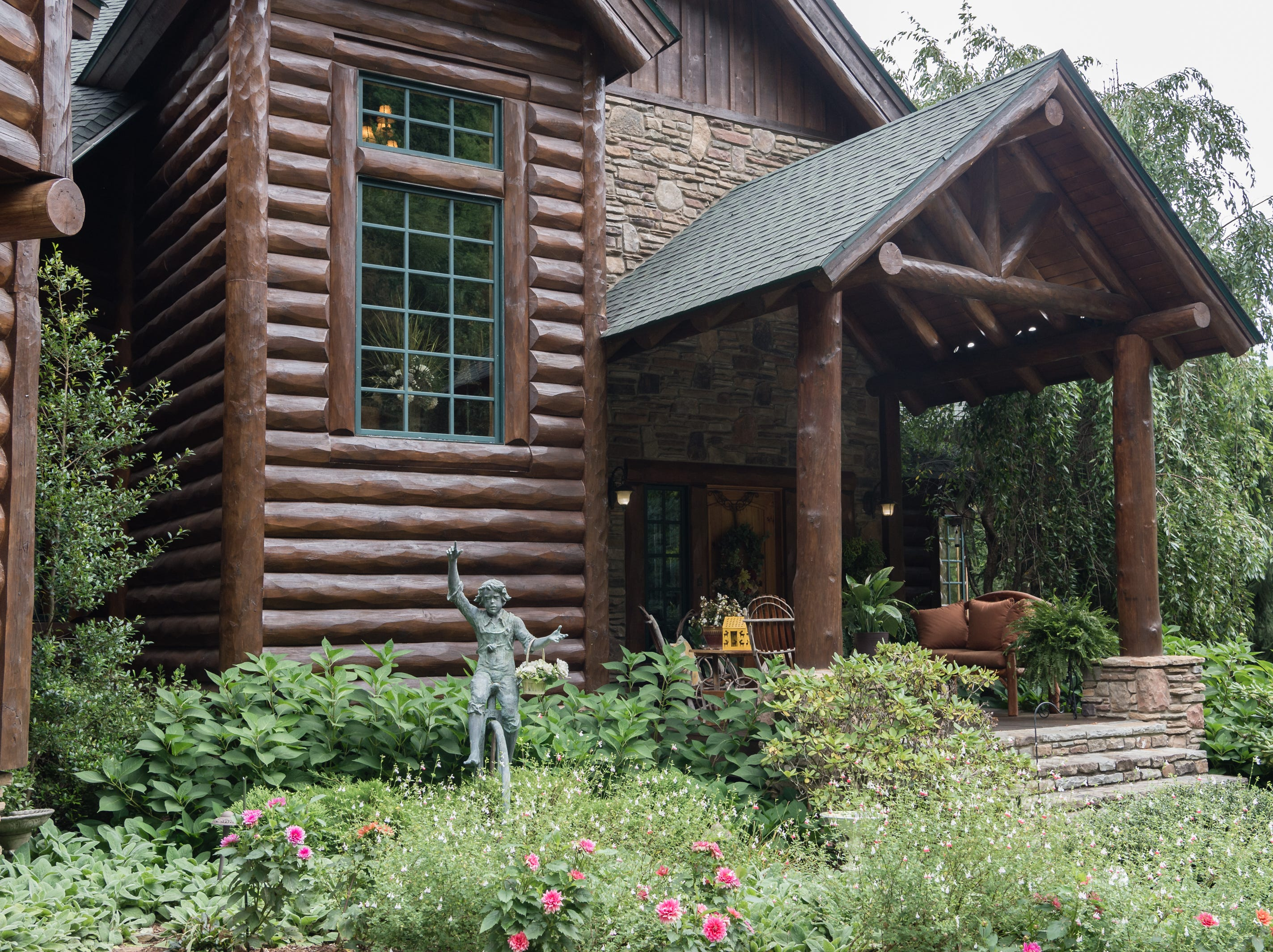 The front entrance of Dan and Belle Fangmeyer's log cabin in Waynesville.