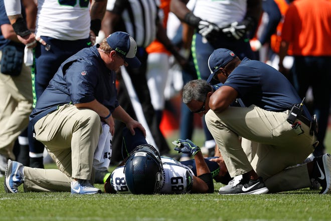 Seahawks receiver Doug Baldwin suffered a knee injury during Sunday's loss at Denver. He could miss several weeks.