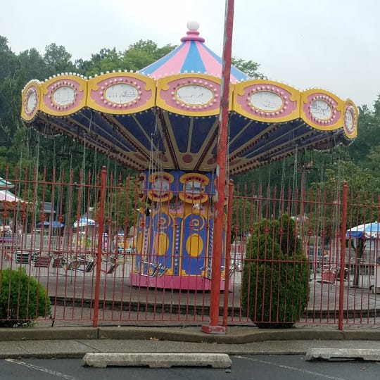 The merry-go-round at Bowcraft.