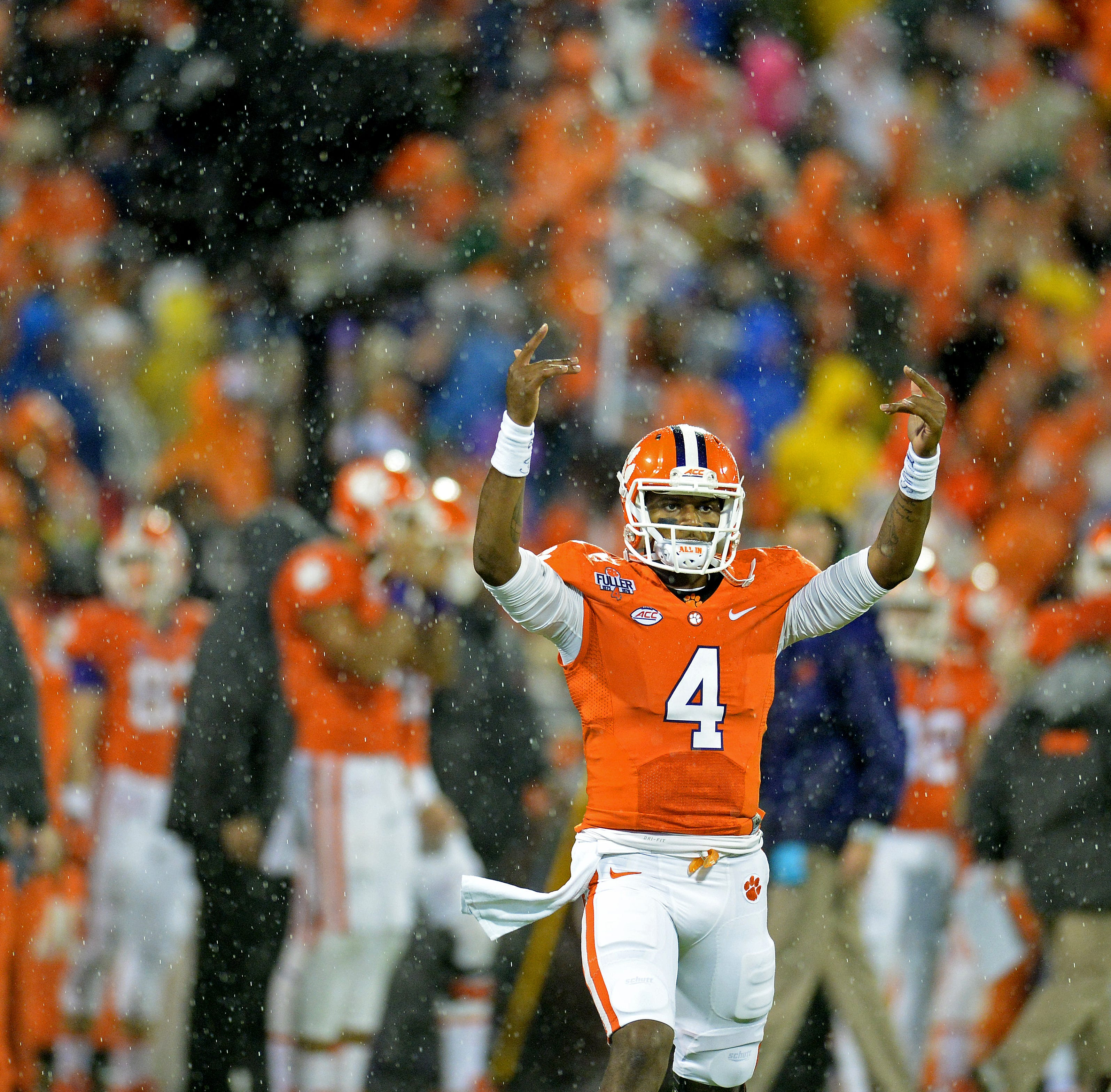 Former Clemson quarterback Deshaun Watson target of racial post by school superintendent