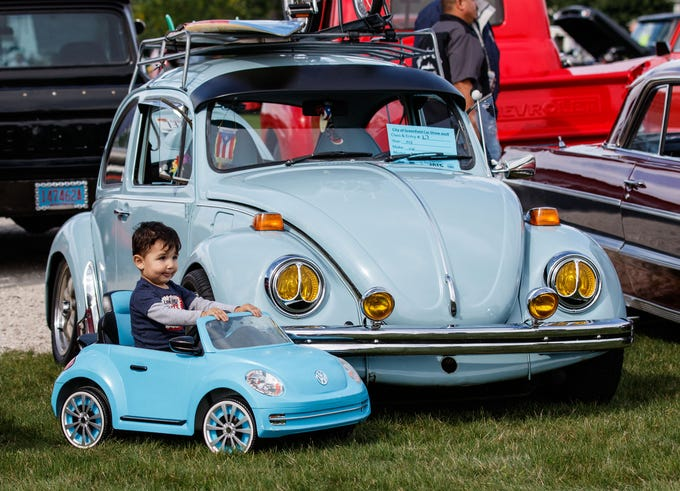 Photos City Of Greenfields Nd Annual Car Show In Konkel Park - Vw car show this weekend