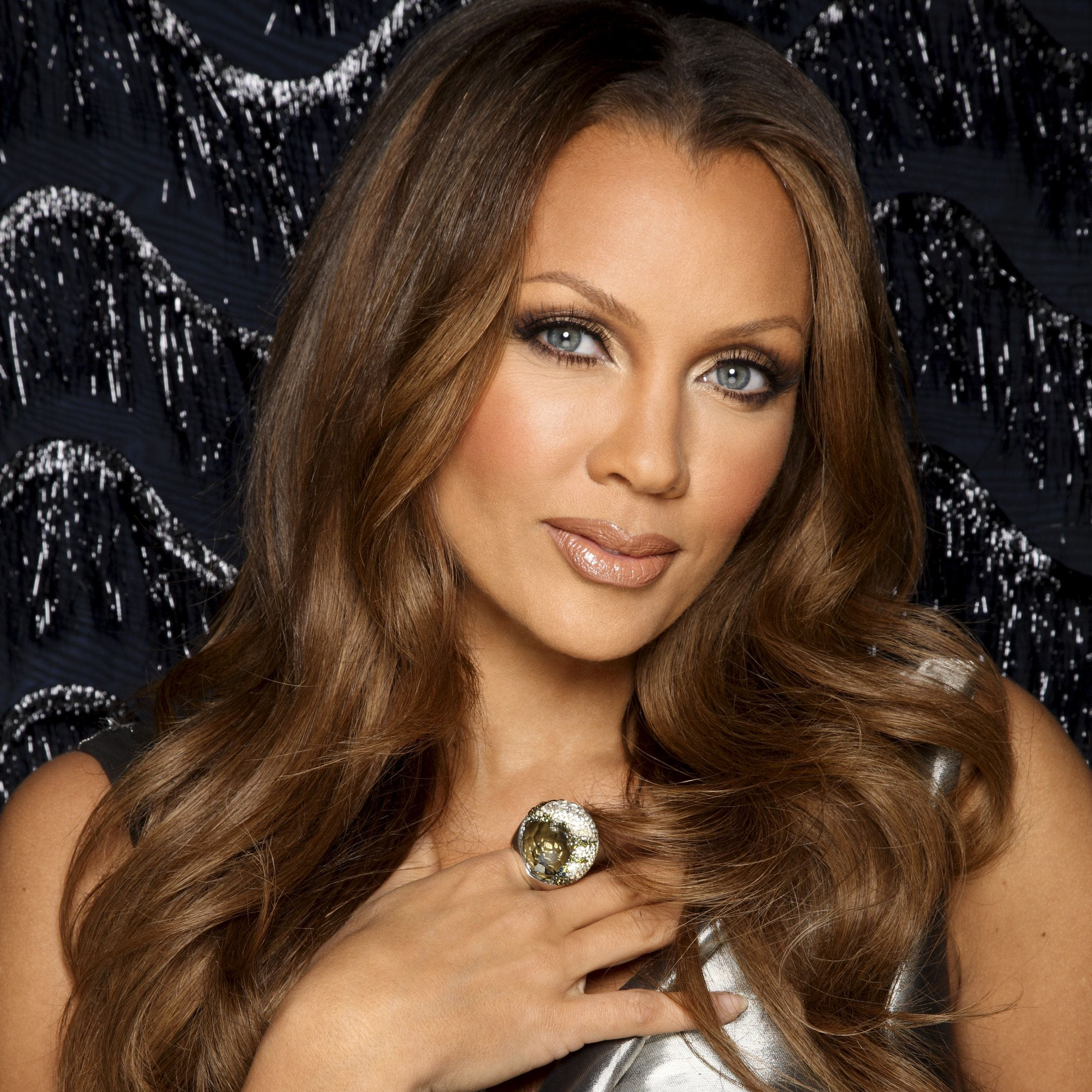 Singer-actress Vanessa Williams kicks off the season at Mayo Performing Arts Center