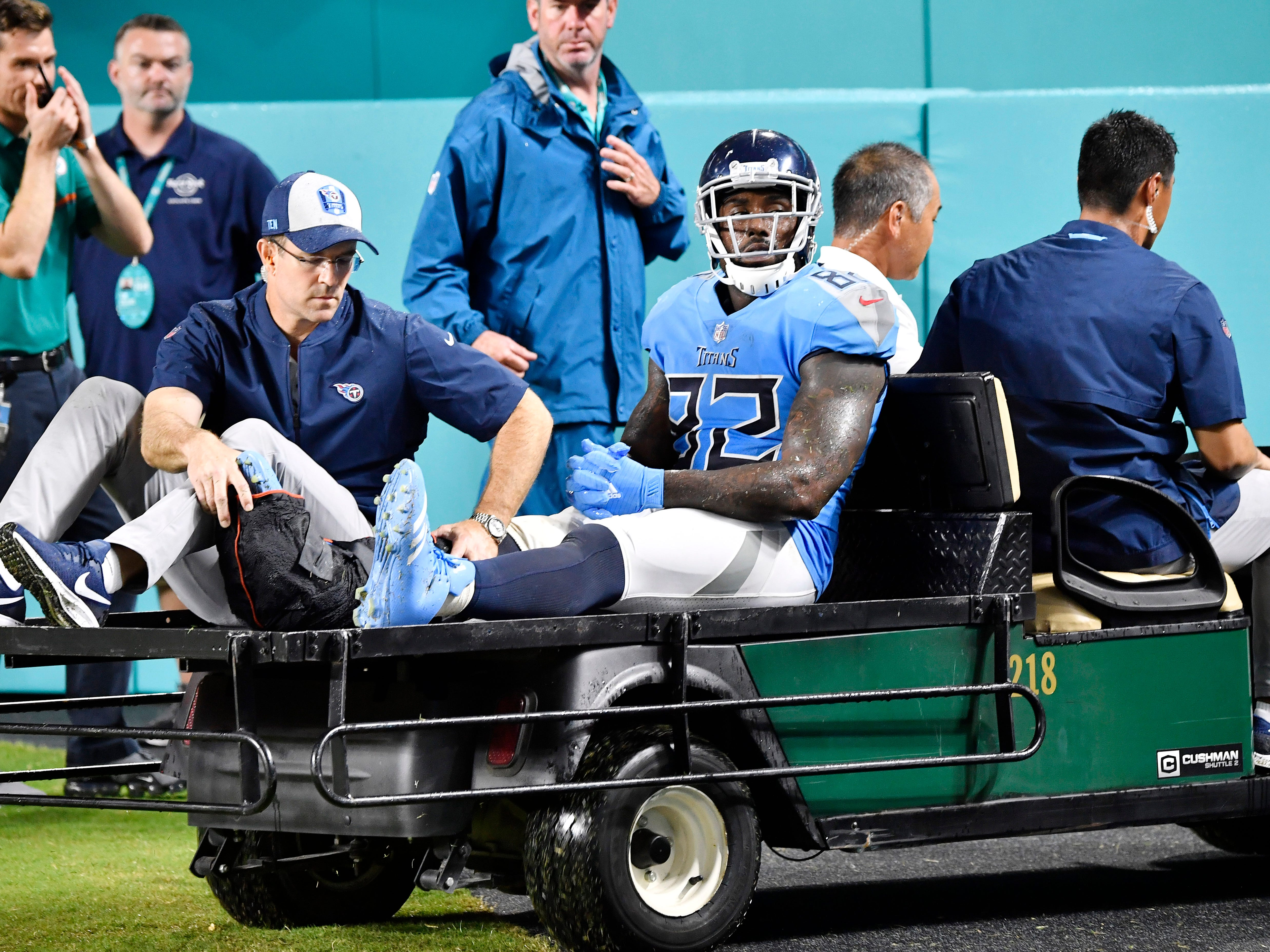 Titans' Delanie Walker not giving up on returning from injury this season