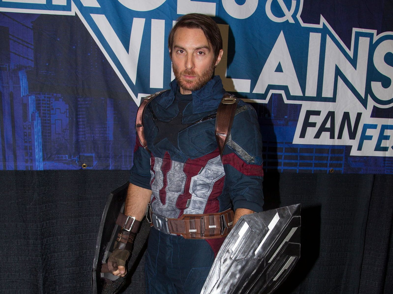 Kevin as Captain America. The 2018 Heroes and Villains Fan Fest took place at the New Jersey Convention & Expo Center. 09/09/2018