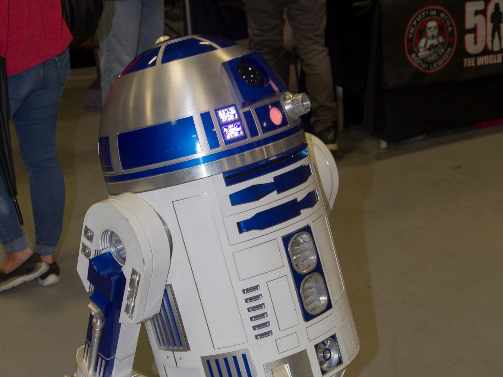 R2-D2. The 2018 Heroes and Villains Fan Fest took place at the New Jersey Convention & Expo Center. 09/09/2018