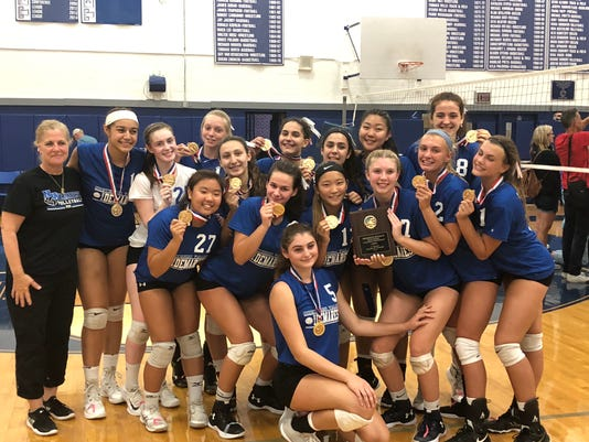 NV/Demarest volleyball 09-08-2018
