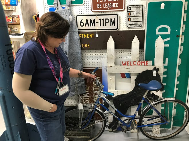Donna Sabourin is antiques specialist at Town Peddler. She discusses a vintage Schwinn bicycle.