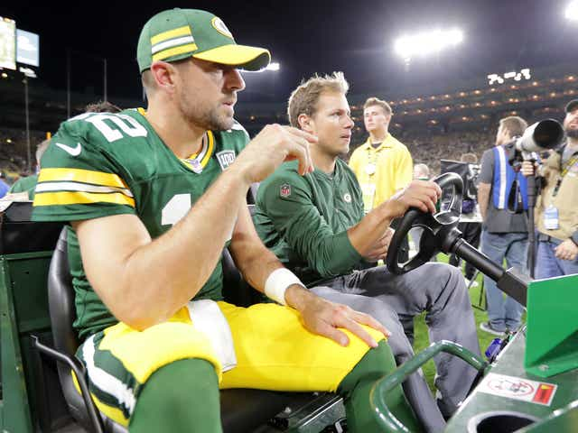 Packers Aaron Rodgers Reveals He Played 2018 Season On Fractured Leg