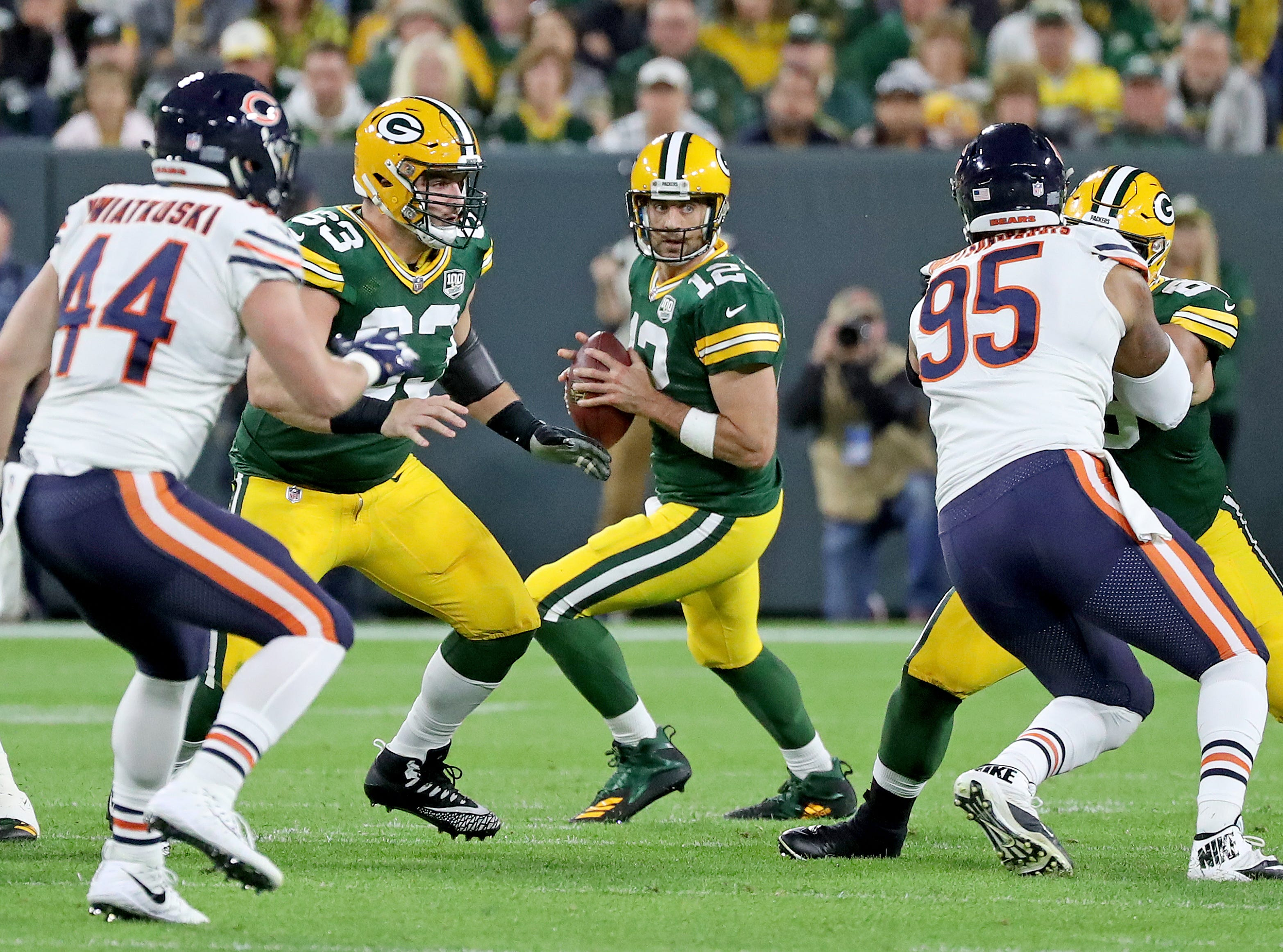 Green Bay Packers quarterback Aaron Rodgers (12) sets up in the pocket in the third quarter against the Chicago Bears Sunday, September 9, 2018 at Lambeau Field in Green Bay, Wis. Jim Matthews/USA TODAY NETWORK-Wisconsin