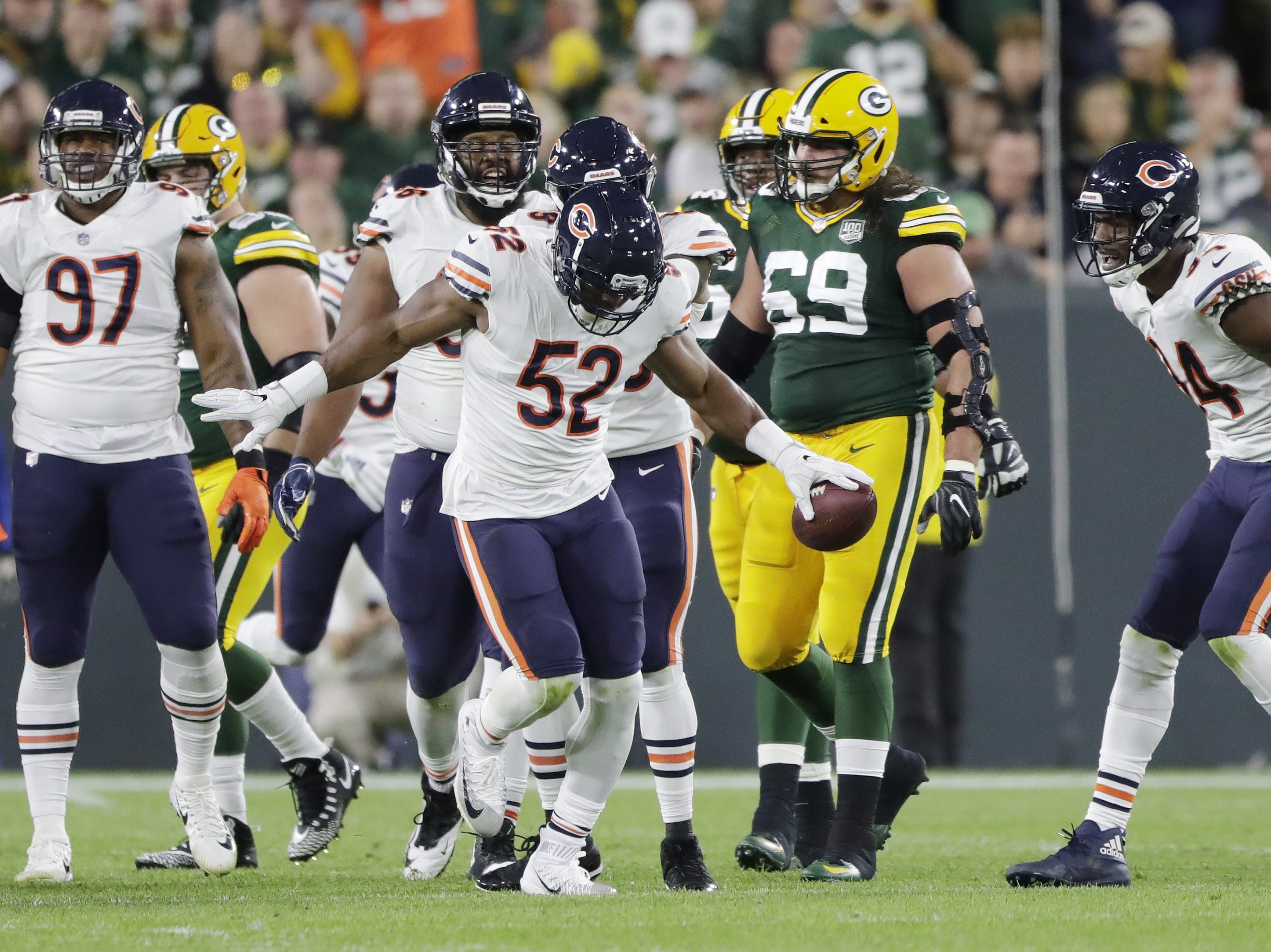 Chicago Bears linebacker Khalil Mack (52) reacts after recovering a fumble by Green Bay Packers quarterback DeShone Kizer (9) in the second quarter at Lambeau Field on Sunday, September 9, 2018 in Green Bay, Wis.