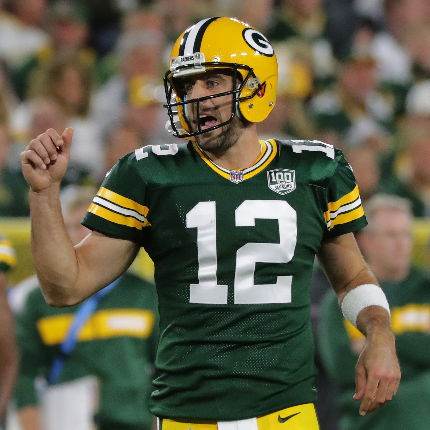 Twitter tried to wrap its mind around that insane Aaron Rodgers resurrection and Packers comeback Sunday night