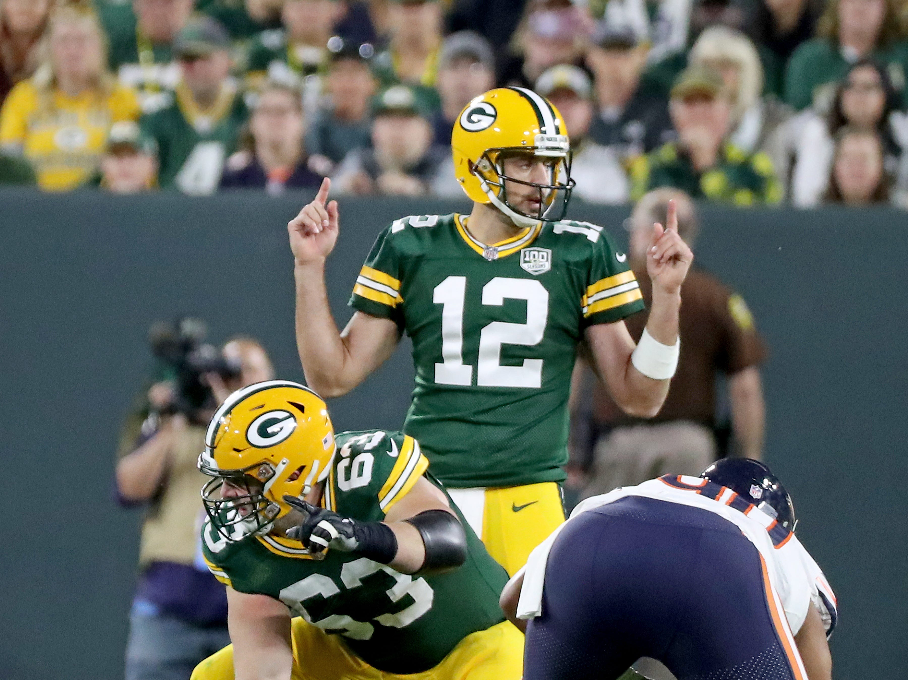 Green Bay Packers quarterback Aaron Rodgers (12) signal at the line against the Chicago Bears Sunday, September 9, 2018 at Lambeau Field in Green Bay, Wis. Jim Matthews/USA TODAY NETWORK-Wisconsin