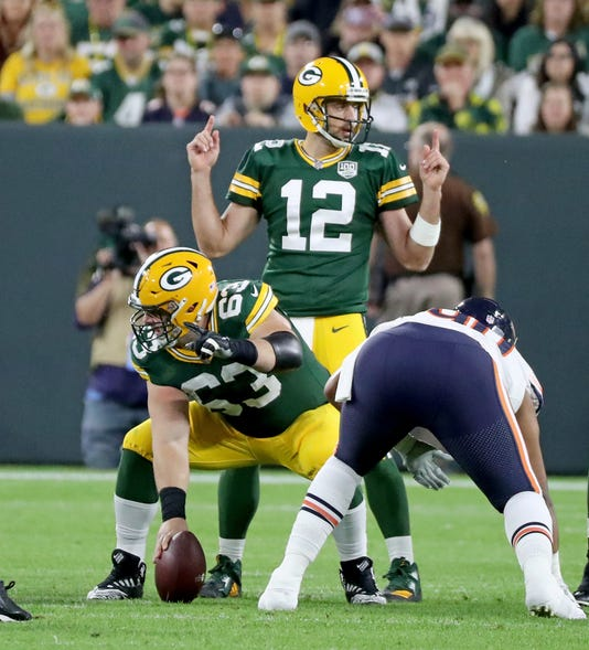 24 090918 Packers Bears 35041