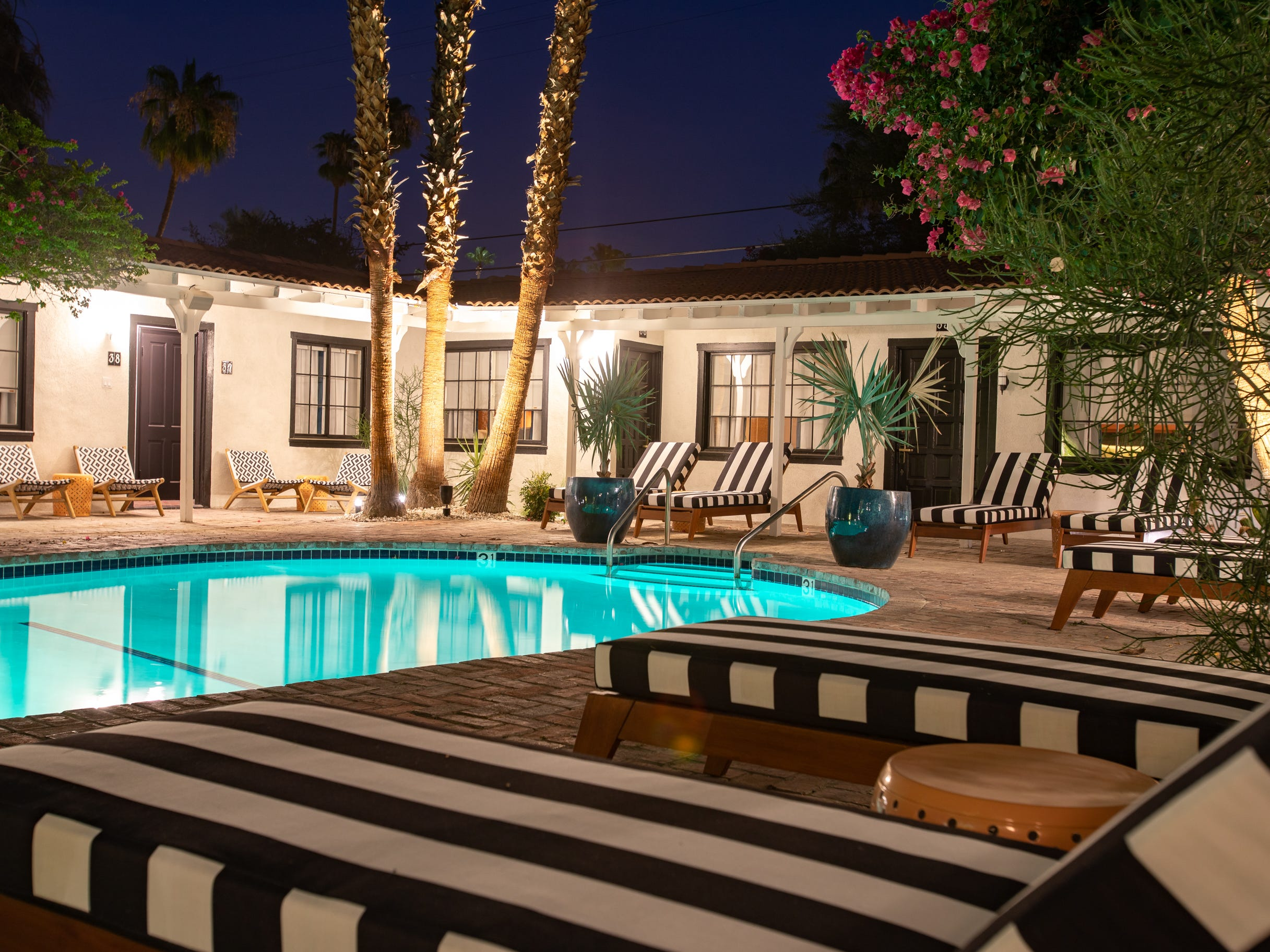 There are three heated pools onsite at Villa Royale Palm Springs.