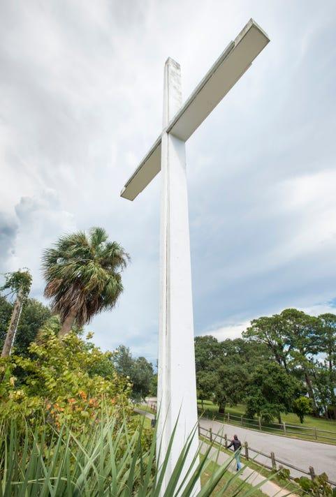 Bayview Park Cross