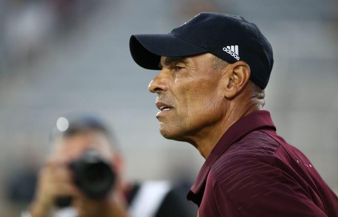 Arizona State head coach Herm Edwards prepares for Michigan State on Sep. 8, 2018, at Sun Devil Stadium.