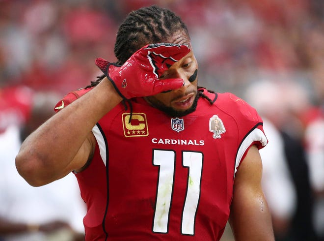 Larry Fitzgerald reacts during his team's 24-6 loss to the Redskins at State Farm Stadium.
