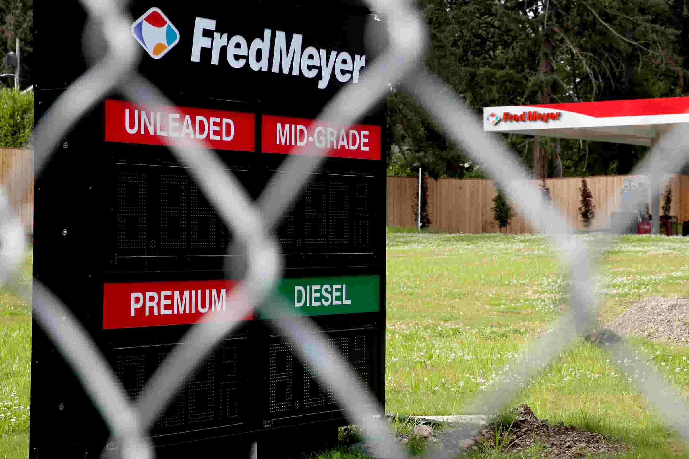 fred meyer gas station about to open no really - Fred Meyer Christmas Hours