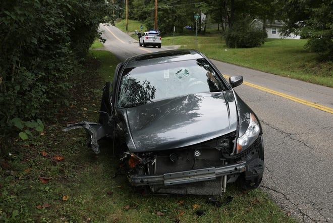 The Honda Accord struck the electrical pole at the intersection of Taylor Street and Glen Drive.