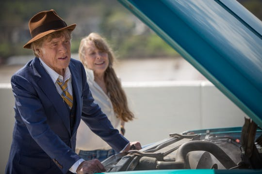 "In ""The Old Man & the Gun,"" Robert Redford romances Sissy Spacek."