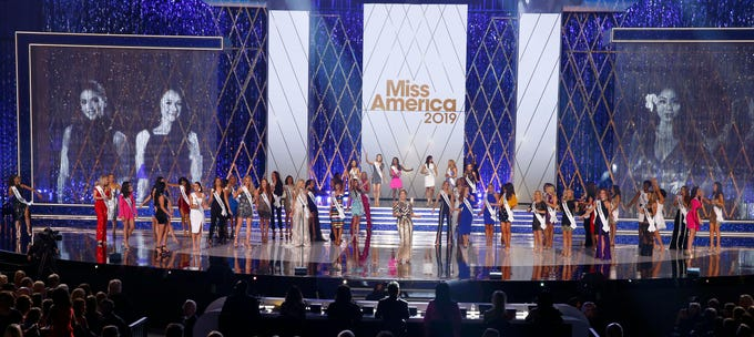 Miss America - Page 5 90a96540-b759-472e-80e5-cb27a0b6d284-USP_Entertainment-_Miss_America_Pageant_2019.1