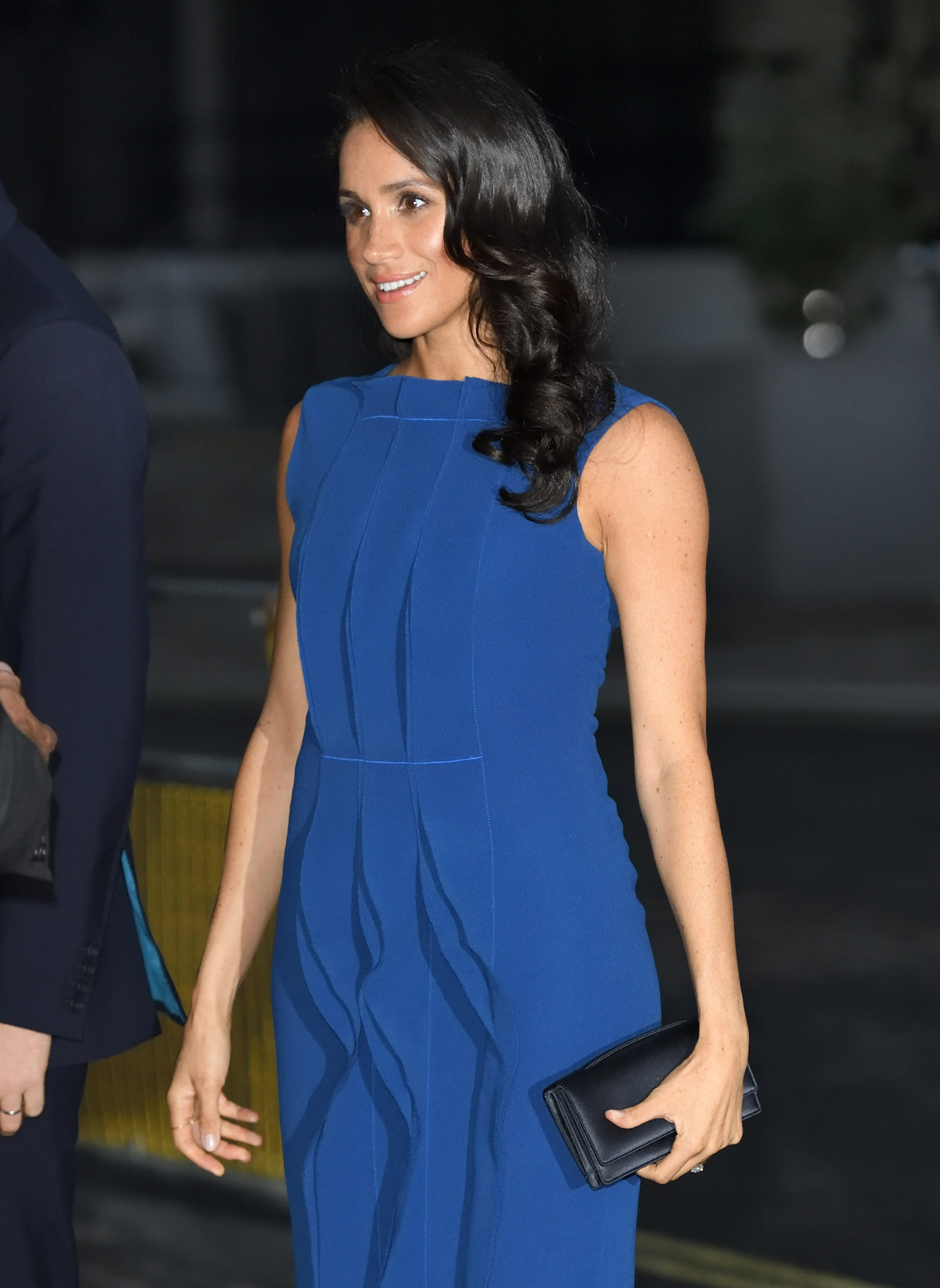 is duchess meghan pregnant twitter and tabloids claim to know is duchess meghan pregnant twitter and