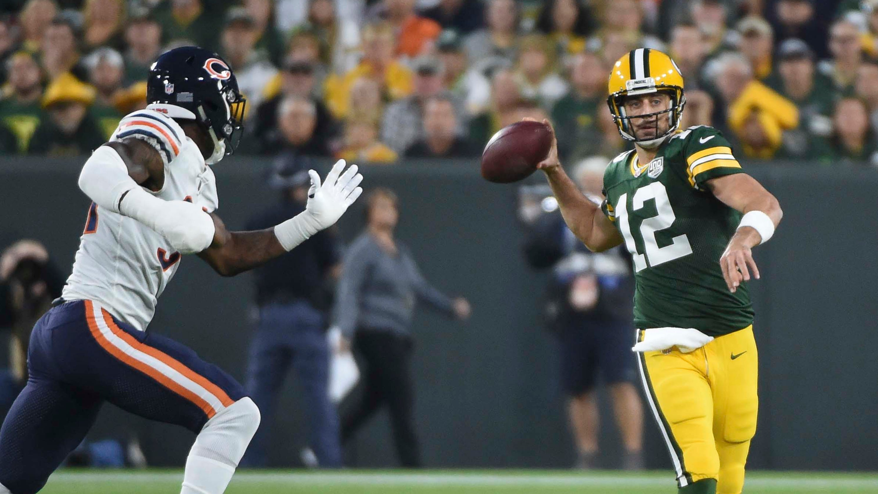 6613b25f549 Packers  Aaron Rodgers completes wild comeback vs. Bears after injury