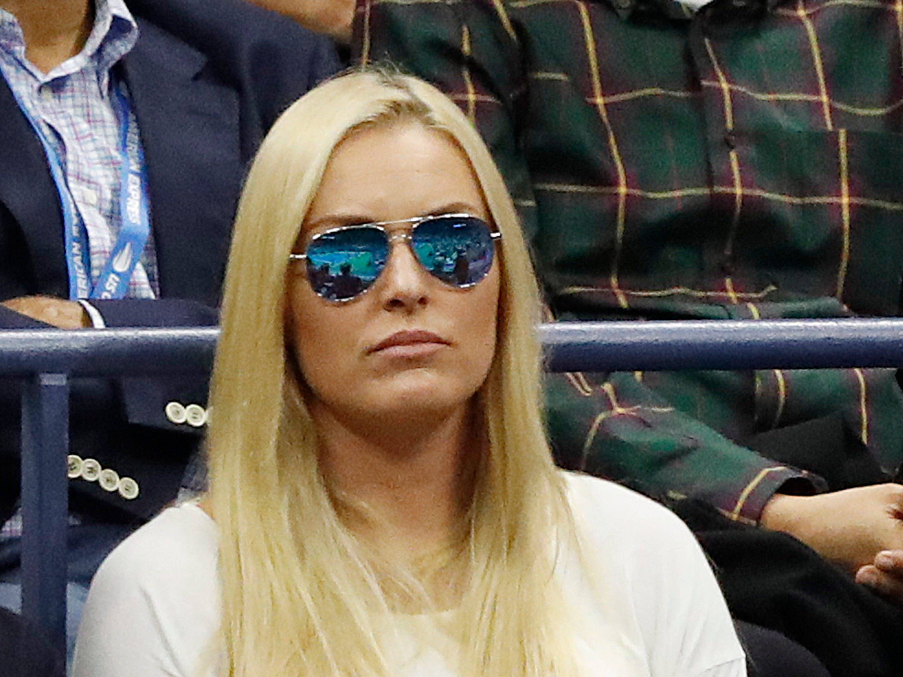 American skiier Lindsey Vonn watches the men's final between Novak Djokovic and Juan Martin del Potro.