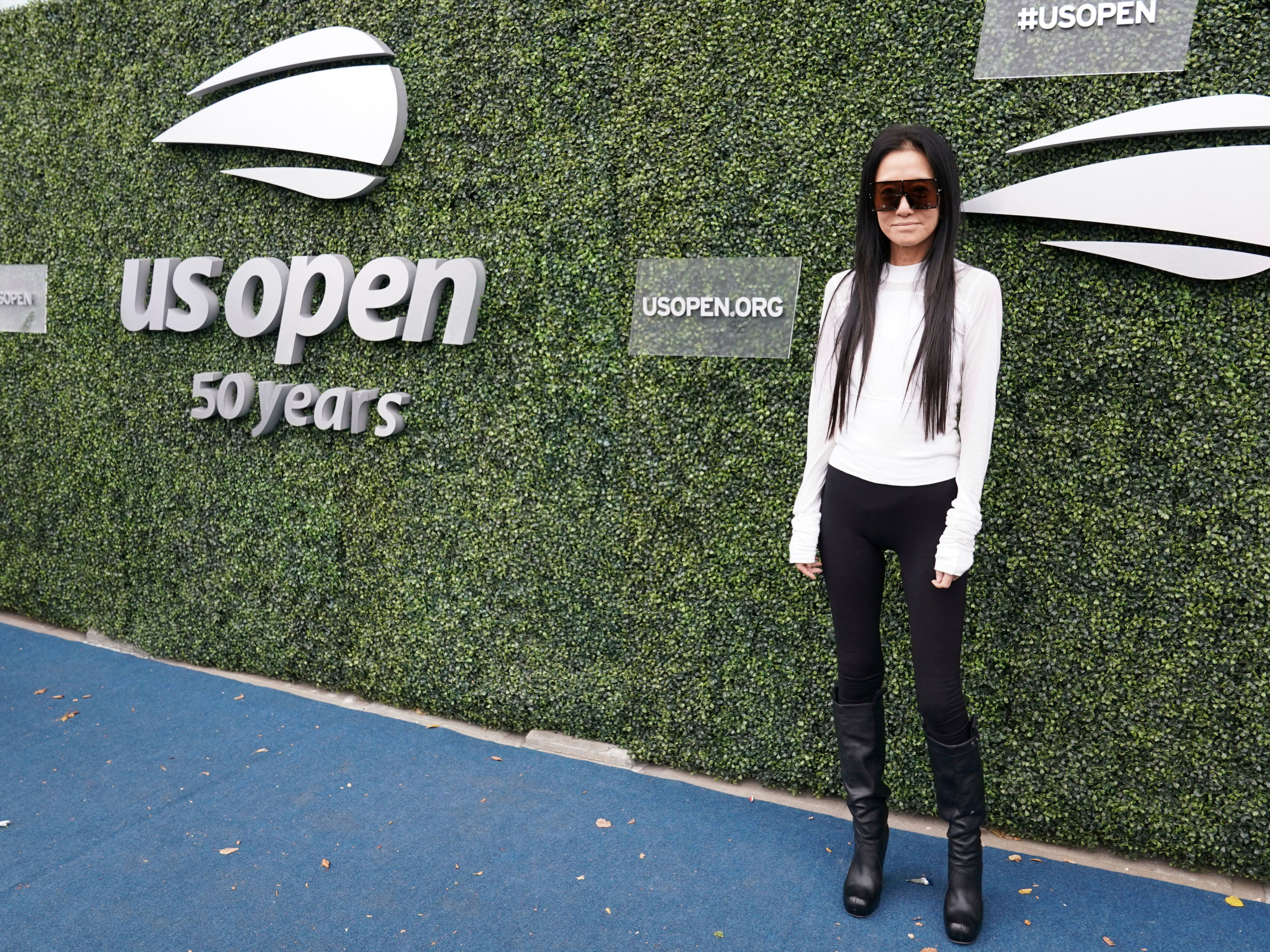 Fashion designer Vera Wang attends the women's final between Serena Williams and Naomi Osaka.