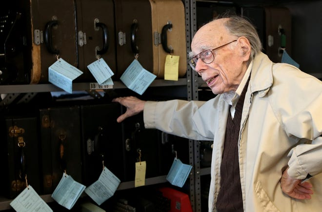 Bob Montgomery talks about the shelves of typewriters filling the Bremerton Office Machine Company in Bremerton, where he also spent countless hours working on projects for Bremerton Community Theatre.