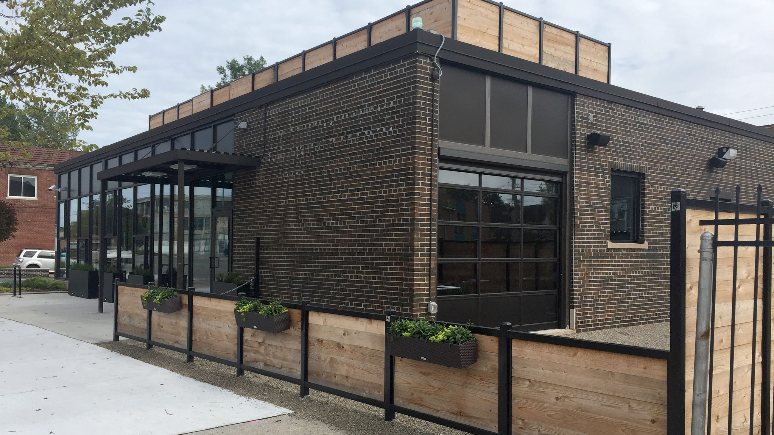 First restaurant in decades shows challenge of neighborhood's revival