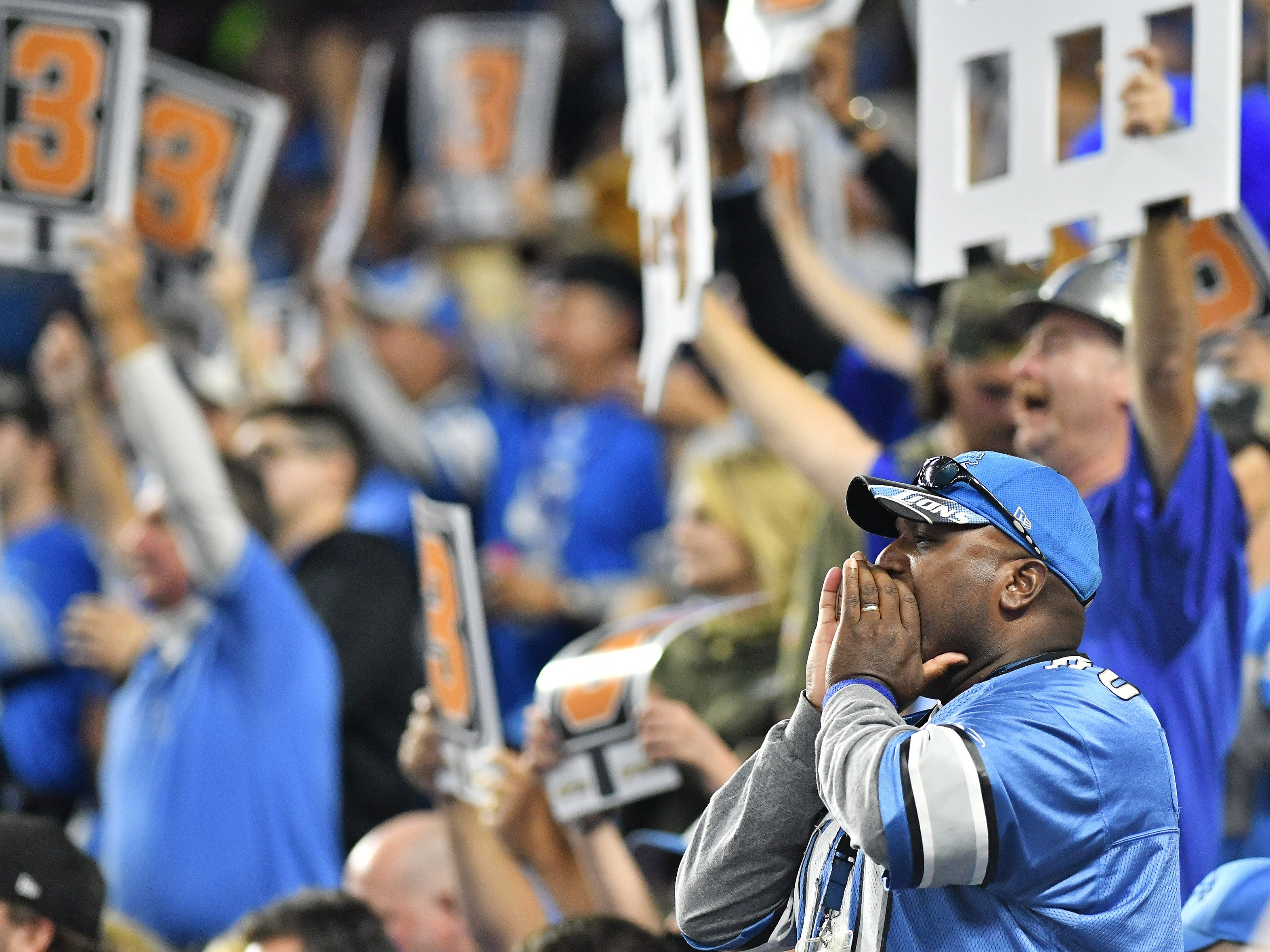 Lions fans make some noise on a Jets' third down in the first quarter.