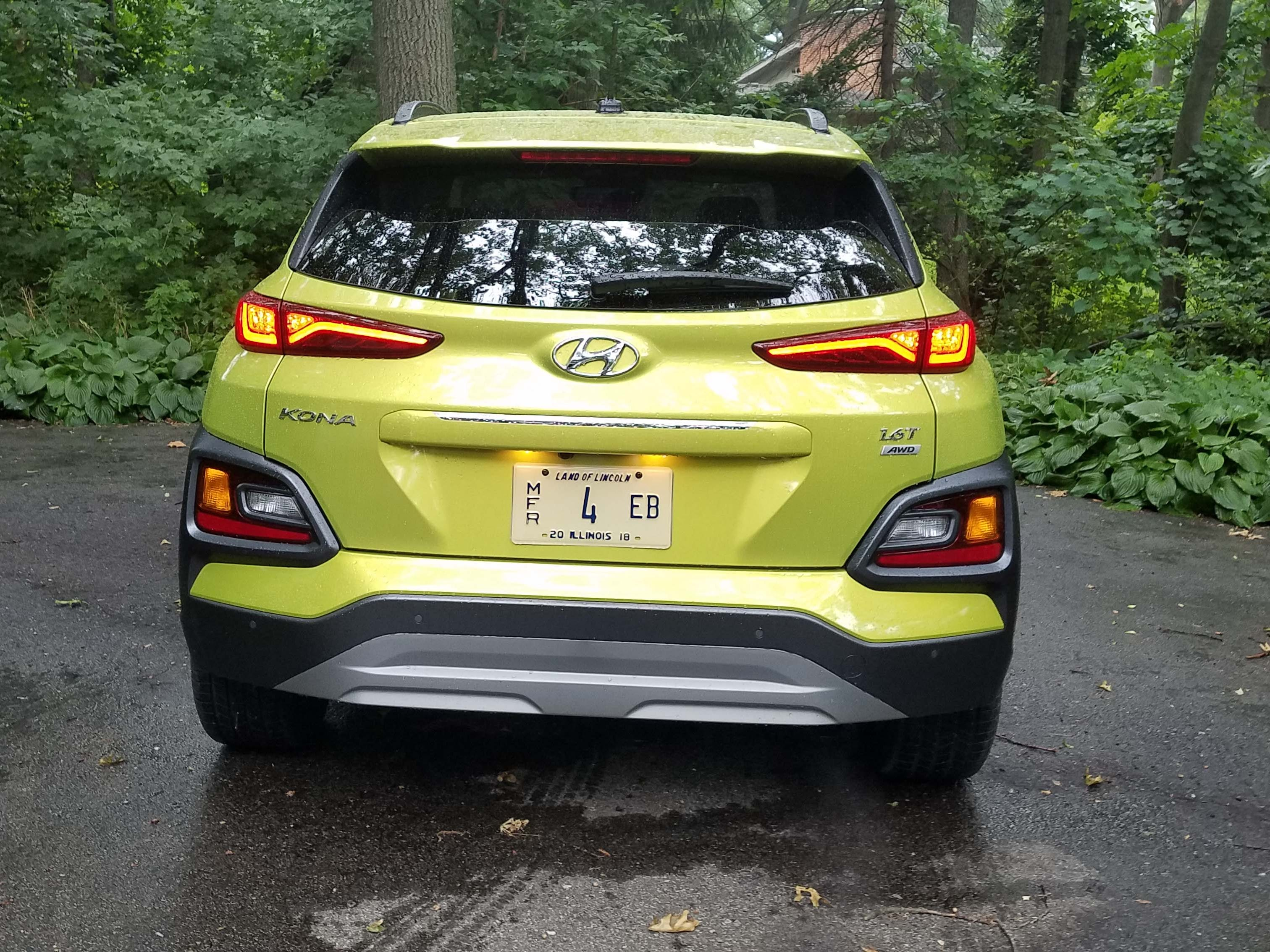 Why let the front end get all the attention? The rear of the  2018 Hyundai Kona is almost as unconventional as the front, with two tiers of lights.