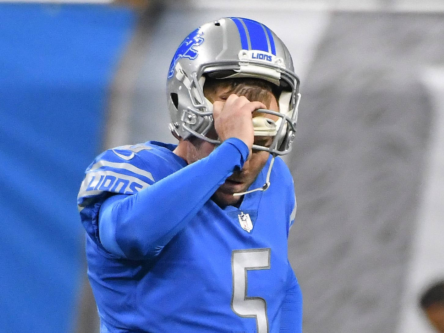 Lions kicker Matt Prater walks off the field after missing a second field-goal attempt, this one in the third quarter.